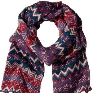 NWT Muk Luks Zig Zag scarf